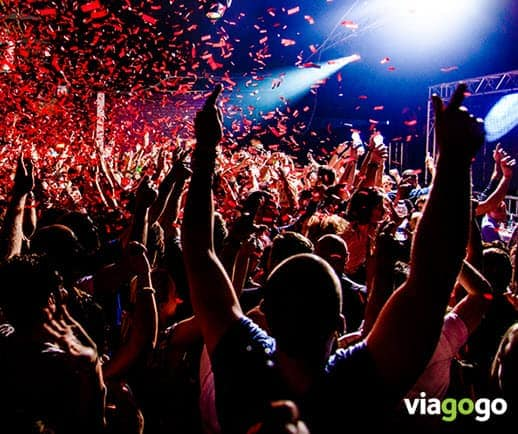 viagogo.com reviews fans at concert good tickets
